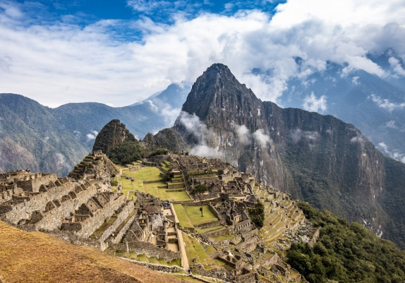 Root & Rise in Peru: Yoga, Culture & Machu Picchu